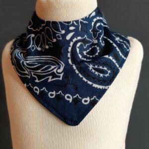 Kwijldoekje zakdoek blauw design